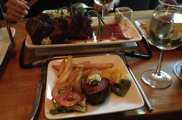 140714-steak-essen-flatschers-2