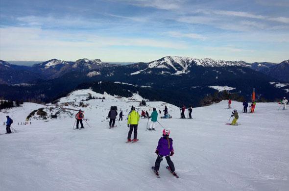 160202-ski-fahren-steinplatte-1